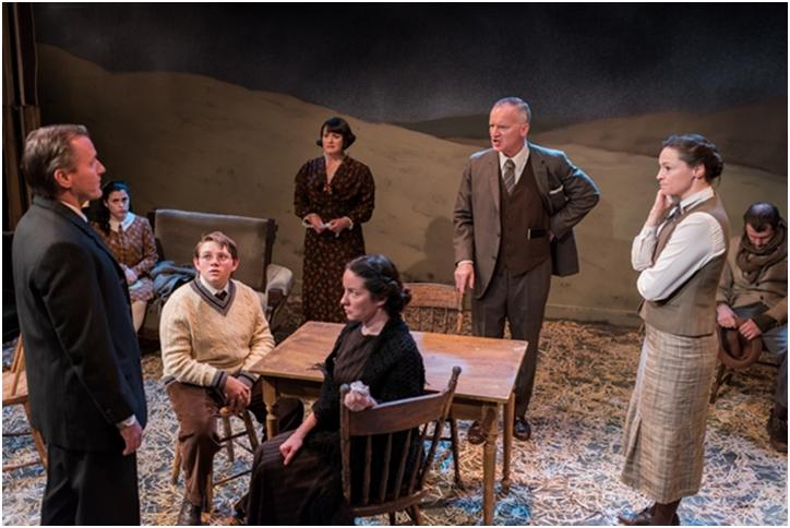 "Rob Skolits, Michelle Geisler, Connor Barth, Maria Silverman, Alyssa Simon, Kelly King, Anne Bates and Quinlan Corbett in a scene from Owen Davis' ""Icebound"""
