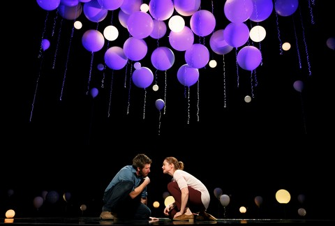 """Jake Gyllenhaal and Ruth Wilson in a scene from """"Constellations"""" (Photo credit: Joan Marcus)"""