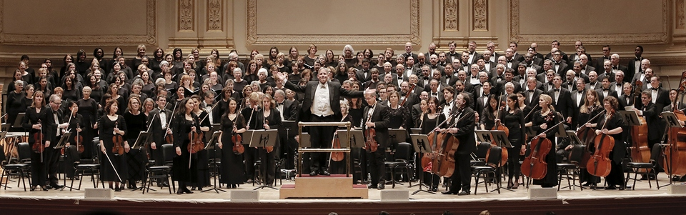Maestro Daid Hayes and the New York Choral Society and Orchestra at Carnegie Hall