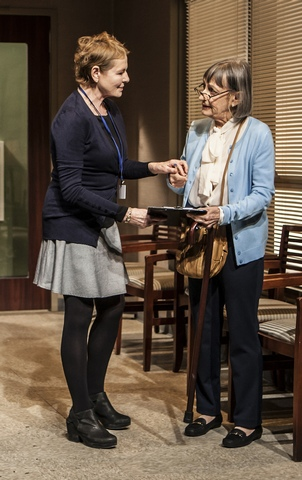 """Dianne Wiest and Patricia Conolly in a scene from The New Group's production of """"Rasheeda Speaking"""" (Photo credit: Monique Carboni)"""
