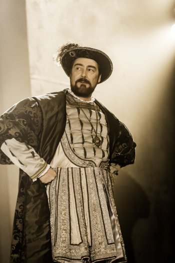"Nathaniel Parker as King Henry VIII as he appears in the RSC's ""Wolf Hall"" (Photo credit: Johan Persson)"