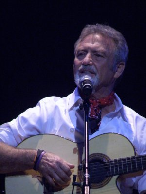 """Larry Gatlin as he recreated """"Look Around"""" from """"The Will Rogers Follies""""' (Photo credit: Maryann Lopinto)"""