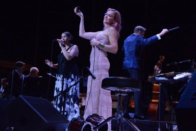 China Forbes and Storm Large of Pink Martini with Maestro Steven Reineke and The New York Pops at Forest Hills Stadium on August  7, 2015 (Photo credit: Genevieve Rafter Keddy)