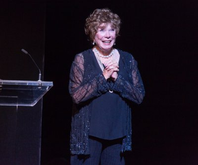 Rolex Dance Award recipient Shirley MacLaine as she accepted her award (Photo credit: Richard Termine)