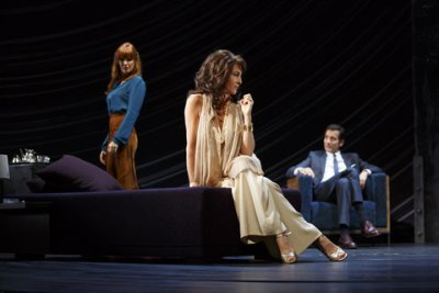 """Kelly Reilly, Eve Best and Clive Owen in a scene from Harold Pinter's """"Old Times"""" (Photo credit: Joan Marcus)"""