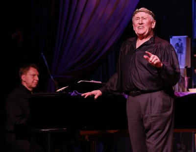 """Pianist Mark Janas and singer-actor Len Cariou in a scene from """"Broadway and the Bard"""" (Photo credit: Carol Rosegg)"""