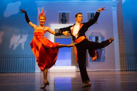 "Danielle Brown and David Tlaiye in the ""Tango-Pasodoble"" from ""Façade"" (Photo credit: Yi-Chun Wu)"