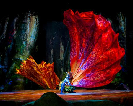 """A member of the Tawkami clan in a scene from Cirque Du Soleil's """"Toruk- The First Flight"""" (Photo credit: Errisson Lawrence: costume: Kym Barrett)"""