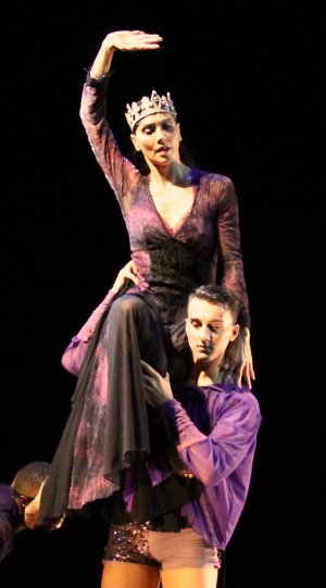 """Alessandra Corona and Nick Burrage in a scene from Ramon Oller's """"Thorns in the Crown"""" (Photo credit: Heaven Jores)"""