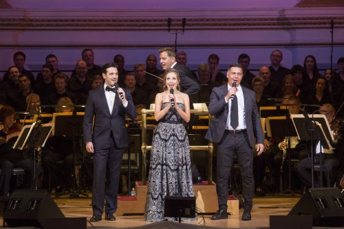"Soloists Colin Donnell, Laura Osnes and Nathan Gunn with music director Steven Reineke and The New York Pops in ""The Musical World of Lerner and Loewe"" (October 14, 2016) (Photo credit: Richard Termine)"