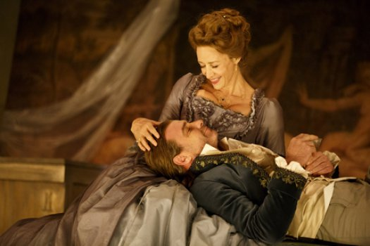 "Janet McTeer and Live Schreiber in a scene from ""Les Liaisons Dangereuses""(Photo credit: Joan Marcus)"